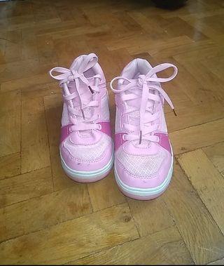 zapatillas de ruedas de color rosa para chicas