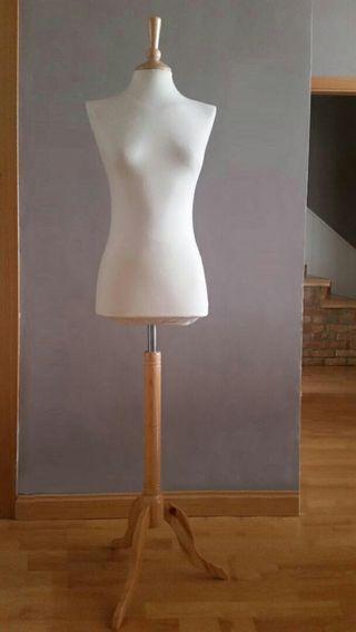 Maniquí de costura