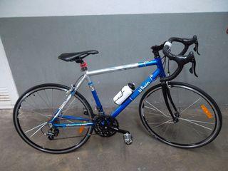 Bicicleta carretera btwin aluminio nueva sin uso