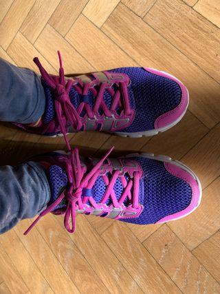 Zapatillas Adidas Running T39