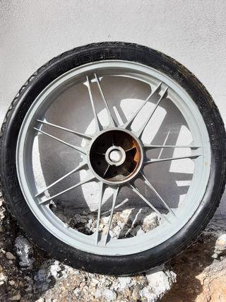 rueda vespino