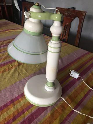 Lámpara escritorio mesilla