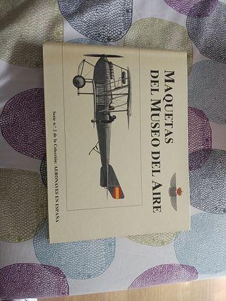 libro maquetas del museo del aire