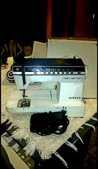 Máquina de coser singer electronica