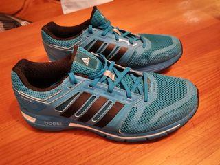Zapatillas ADIDAS Talla 44 2/3. Azul SEMINUEVAS