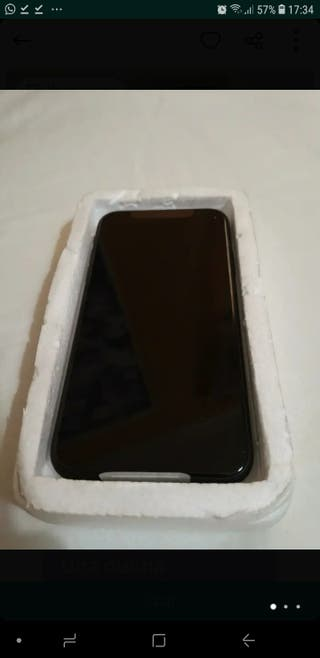 iPhone xr 64Gb nuevo con sus plásticos libre