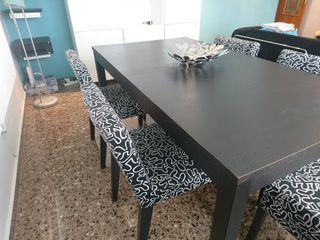 Mesa comedor con sillas de segunda mano en Valencia en WALLAPOP