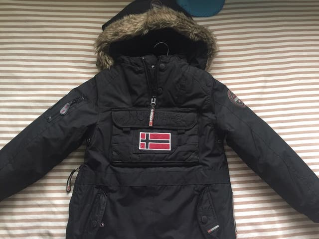 zapatos deportivos 0bcce 3454f Abrigo niño Geographical Norway de segunda mano por 60 € en ...