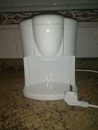 Cafetera eléctrica goteo. 2 tazas