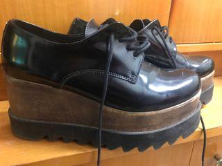 Zapatos muy cómodos marca SITGETANA talla 38