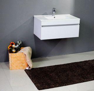 Lavabo Resina Blanco.Mueble De Bano Blanco O Madera Lavabo De Segunda Mano Por