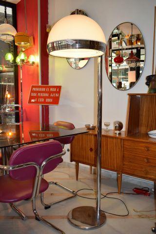 Iluminación y muebles