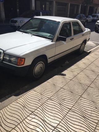 Mercedes-Benz 190 E 1989