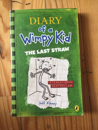 "Libro ""Diary of a Wimpy Kid"""