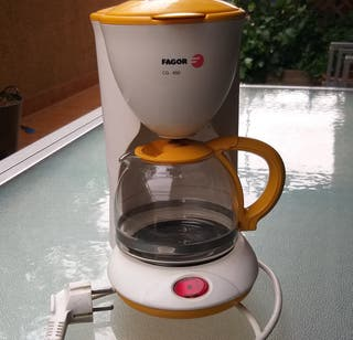 cafetera eléctrica FAGOR 6 tazas