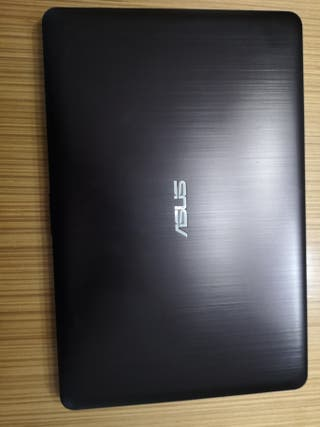 ASUS CORE I5 12 GB DDR4 1 TB W10 GRAFICA 2GB