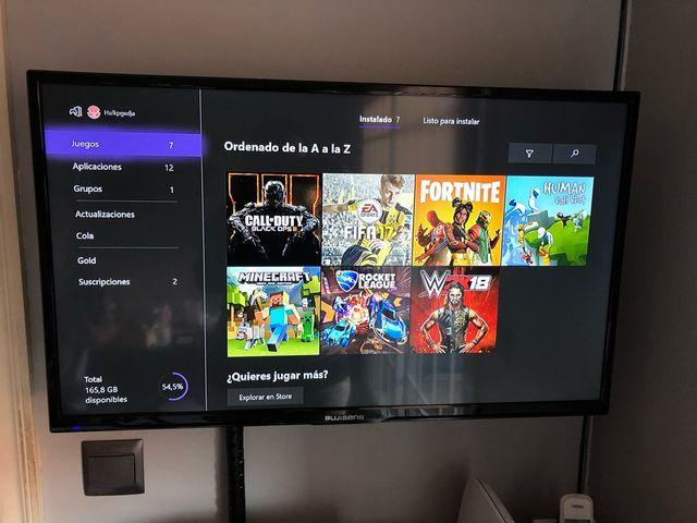 Consola XBOX ONE+2 mandos+6 juegos+juegos online