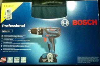 Taladradora-atornilladora Bosch.
