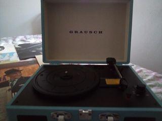 vinyls + maleta tocadiscos