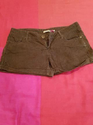 pantalon corto de Stradivarius