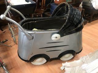 Carro bebé antiguo