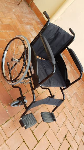 Silla de ruedas plegable mobiclinic