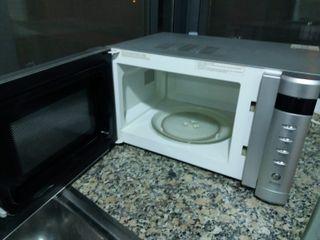 Microondas schneider smw302