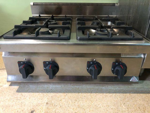 Cocina 4 fuegos industrial