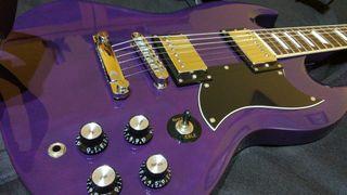 Cambio guitarra eléctrica SG excelente estado.