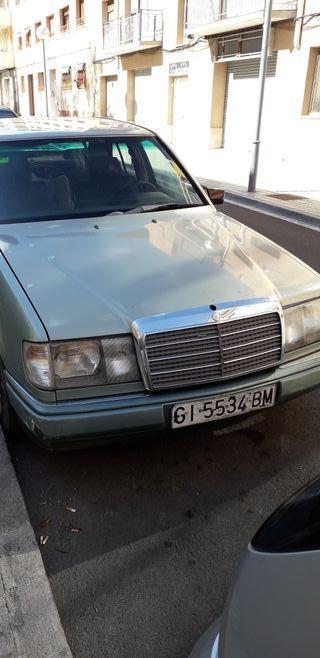 Mercedes-Benz 124 1990