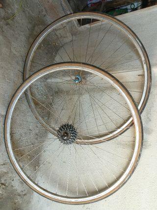 ruedas de bicicleta de carrera