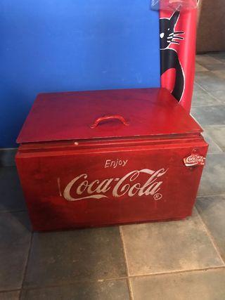 Coca cola nevera de hielo antigua