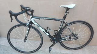 Bicicleta carretera BH carbono