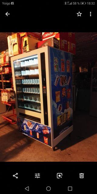 Máquina vending expendedora
