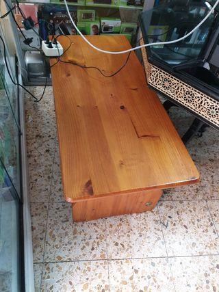 mesa de comedor de madera original 50€