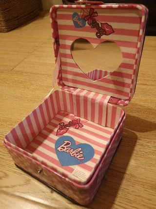 Cajita de Barbie