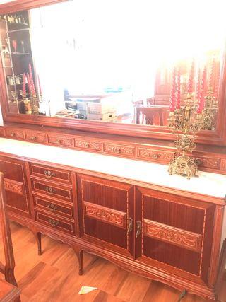 Se venden piezas mueble de castaño