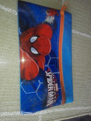Estuche de Spider-Man
