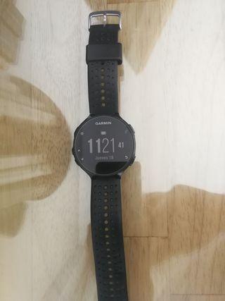 Reloj deportivo Garmin 235