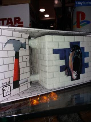 Taza 3D The Wall