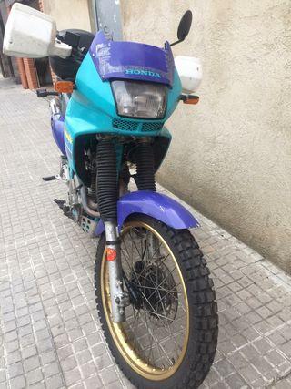 Honda Dominator 650cc