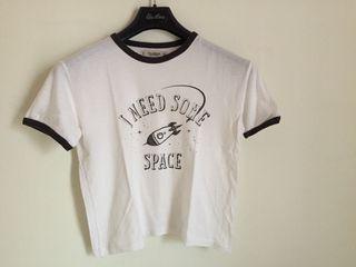 Camiseta Blanca con dibujo negro