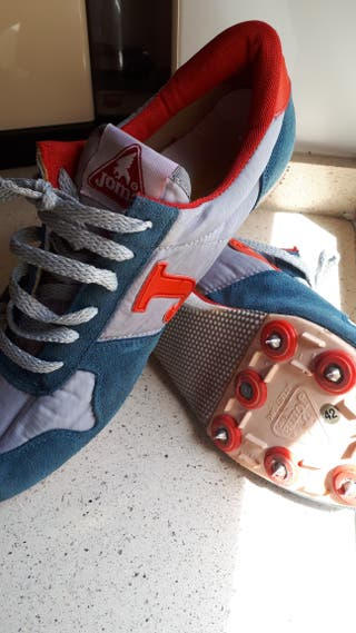 zapatillas para pistas.