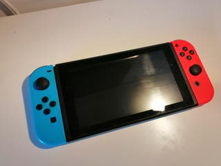 Nintendo Switch +Zelda Breath of the Wild