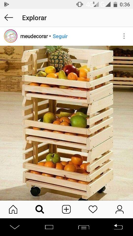 Dependent/a botiga fruiteria