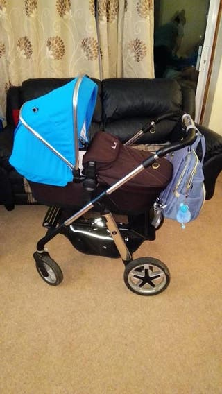 Silver Cross with bag+Bouncer+Avent dummy