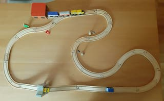 Tren de madera