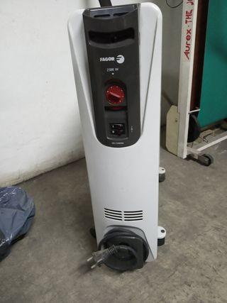 Radiador eléctrico con poco uso.