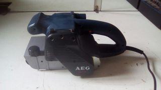 Lijadora de banda Aeg 1100