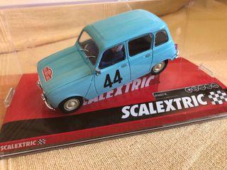 Coche de scalextric Renault 4L